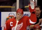 Lidstrēms pagarina līgumu ar ''Red Wings''