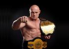 MMA cīkstonis Gluhovs Krievijā aizvadīs cīņu ar poli Červiņski