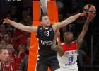 """Strēlnieks un """"Brose"""" dzēš CSKA lielo pārsvaru, bet zaudē pēdējā sekundē"""