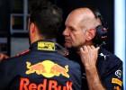 """""""Red Bull"""" aizvien cer uz F1 titulu, palīgā steidz Ņūvijs"""