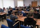 Latvijas Skolu šaha olimpiādes Zemgales fināls pulcē rekordlielu skaitli – 90 skolēnus