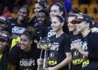 """Stjuarte pārsteidz pasauli, """"Storm"""" trešo reizi uzvar WNBA čempionātā"""