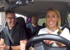 Video: Baško, Zirne un Nitišs sēžas pie taksometra stūres