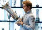 """Rosbergs: """"Botass šogad var pārspēt Hamiltonu"""""""