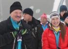 Video: Lukašenko komanda triumfē biatlona stafetē