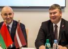 Latvija un Baltkrievija paraksta līgumu par 2021. gada PČ rīkošanu, Rīgā spēlēs Somija
