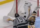 Video: NHL nedēļas atvairījumu topā triumfē Rasks