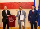 Saeimas namā sveic Latvijas vīriešu florbola izlasi