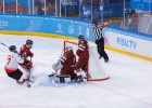 Studentu hokeja izlase zaudē arī Kanādai un vairs reāli nepretendē uz pusfinālu