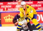 Pasaules čempionu sastāva kapteinis Baklunds nepalīdzēs Zviedrijas izlasei