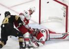 """""""Bruins"""" atspēlējas un eksplodē pēdējā trešdaļā, konferences finālu iesākot ar uzvaru"""