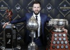 Kučerovs - NHL sezonas vērtīgākais spēlētājs