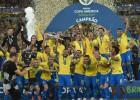 """Brazīlija pārvar vājuma brīžus un pēc 12 gadu pārtraukuma uzvar """"Copa America"""""""