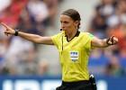 UEFA Superkausu pirmoreiz vēsturē tiesās sieviete