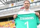 "Izlases pamatvārtsargs Šteinbors pievienojas Polijas Ekstraklases ""top 8"" klubam"