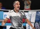 """Federers pārspēj Nišikori un sasniedz 13. """"Australian Open"""" ceturtdaļfinālu"""