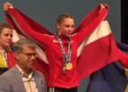 Video: Svarcēlāja Ivanova saņem U17 EČ sudrabu