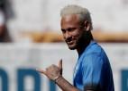 """Spāņu medijs: PSG nevēlas pārdot Neimāru atpakaļ """"Barcelona"""""""