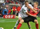 Austrijas izlases futbolists pēc Latvijas sagraušanas sarīkojis ballīti