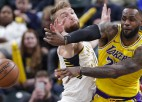 """Sabonim 26+10, """"Pacers"""" pārtrauc """"Lakers"""" sēriju, """"Nets"""" bez Kuruca uzvar Ņūorleānā"""