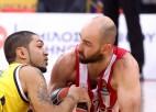 """Veterāns un """"Olympiacos"""" dvēsele Spanulis paraksta jaunu līgumu"""
