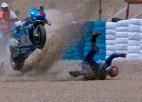 """Pēc negadījuma """"MotoGP"""" kvalifikācijā slimnīcā nonāk Rinss"""