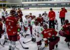 Latvijas hokeja izlase Ābola vadībā sākusi gatavoties turnīram Polijā