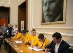 Latvijas olimpieši tiekas ar Saeimas apmeklētājiem