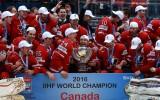 Foto: Kanādas izlase līksmo par pasaules čempionāta zeltu