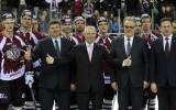 Foto: ''Dinamo'' noslēdz sezonu ar uzvaru, uz ledus arī Savickis un Kalvītis