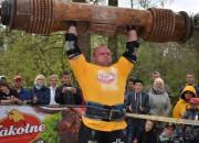 Zāģeris pārpēj Bergmaņa rekordu baļķa celšanā