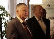 Karpovs pārņem vadību, šodien tiks aizvadītas noslēguma partijas