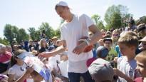 Liepājā atklāts otrais Porziņģa basketbola laukums