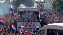 PK vicečempioni tiek sumināti Zagrebas ielās