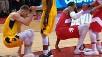 NBA jocīgākajos momentos arī sinhronas darbības