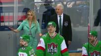 Treneris Biļaļetdinovs nerealizē soda metienu KHL Zvaigžņu spēlē