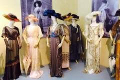 Foto: Jūgendstila krāšņums Vasiļjeva kolekcijas izstādē Liepājas muzejā