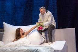 """Dailes teātrī tapusi pasaka par laulības dzīvi """"Laulības dzīves ainas"""" (+VIDEO)"""