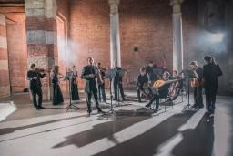"""Baha festivālu krāšņi noslēgs baroka orķestris """"Hofkapelle München"""""""