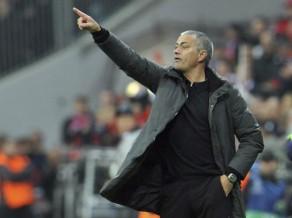 """Mourinju pagarina līgumu ar """"Real"""" līdz 2016. gadam"""