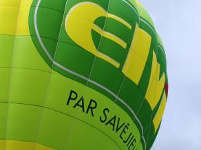 """Siguldas pusmaratona laikā dalībniekus un atbalstītājus """"spārnos cels"""" ELVI"""