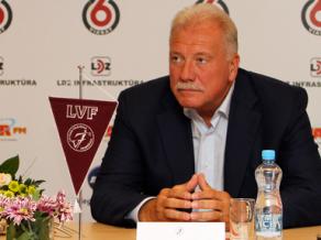 """Pēc izslēgšanas """"Es par volejbolu"""" aicina atkāpties prezidentu Sausnīti un LVF valdi"""