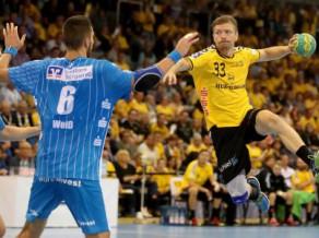 Bundeslīgā - bez zaudējumiem, Krištopānam un Brestai - neveiksme Ķelcē pirms play off