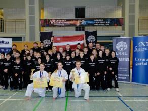 Latvijai trīs medaļas Eiropas čempionātā Kjokušinkai karatē