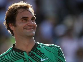 Federers atspēlē divas mačbumbas pret Berdihu