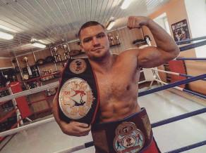 Latvijas bokseris Bolotņiks būs WBO čempiona Usika sparingpartneris