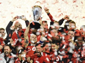 ''Toronto'': kā piecos gados no apsmiekla kļuva par MLS iespaidīgāko čempioni
