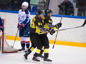 """Tambijevam divi punkti VHL, Ābola """"Karlskoga"""" atkal neiemet un zaudē"""