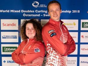 Latvijas jaukto pāru kērlinga izlase pasaules čempionāta pirmajā spēlē pārspēj Nīderlandi