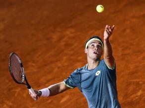 Pirmā simtnieka tenisists Kikers par spēļu ietekmēšanu var saņemt mūža diskvalifikāciju